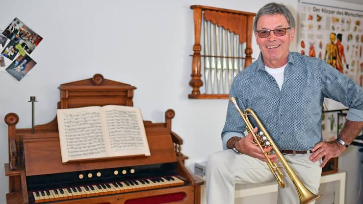 Heini Meier aus Lostorf, zuhause in seinem Übungsraum: «Hier kann ich üben, ohne dass ich jemanden damit störe.»