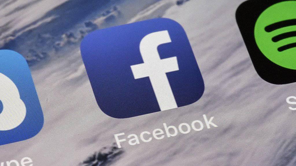 Facebook muss sich gegen Vorwürfe verteidigen, Streamingdienste wie Netflix und Spotify hätten Zugang auf private Nachrichten von Nutzern gehabt. (Symbolbild)