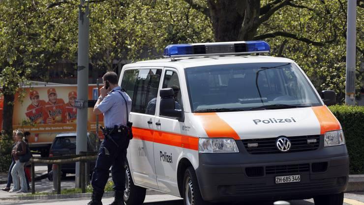 Die Zürcher Stadtpolizei nahm den international gesuchten Rumänen fest. (Symbolbild)