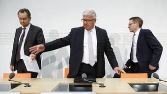 Müller, Föhn, Bischof
