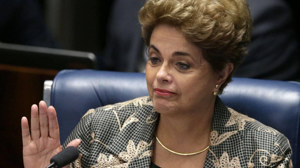 Kurz vor dem Aus: 53 von notwendigen 54 Senatoren für die Zwei-Drittel-Mehrheit wollen gemäss dem Portal «Folha de S. Paulo» für die endgültige Amtsenthebung Dilma Rousseffs stimmen.