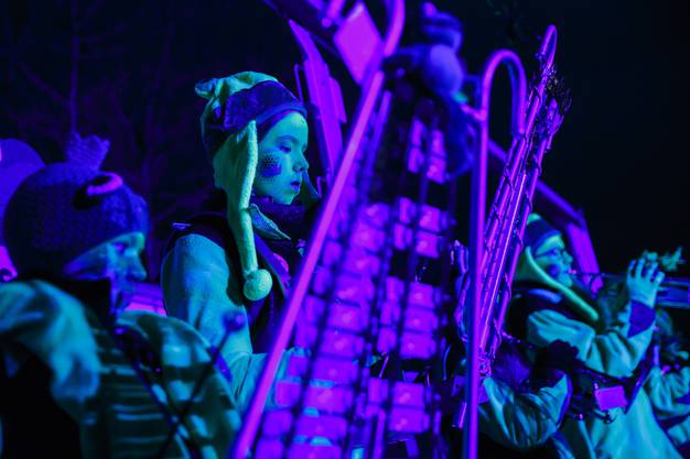 Street Gugge Party in Koppigen: Sprisseli, Wasserämter Kinderguggenmusik