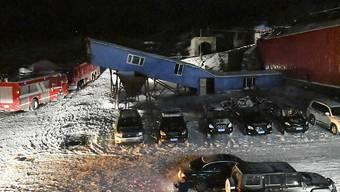 Nach einem Unglück in dieser chinesischen Kohlemine warten 22 eingeschlossene Bergarbeiter auf ihre Rettung.