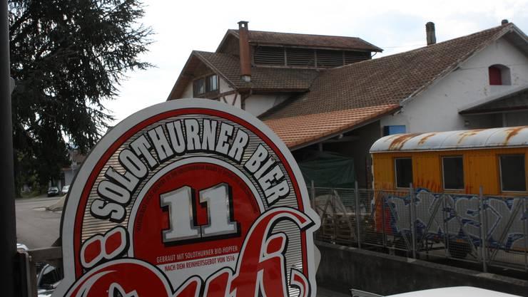 Die heutige Öufi-Brauerei mit den Resten der ehemaligen Brauerei Heidenhubel im Hintergrund. ww