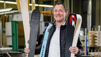 Stöckli-Chef Marc Gläser in der Ski-Fabrik in Malters LU. PHILIPP SCHMIDLI