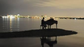 Der Flügel stand an einem Strand bei Miami, wie dieses von Nicholas Harrington geschossene Foto zeigt