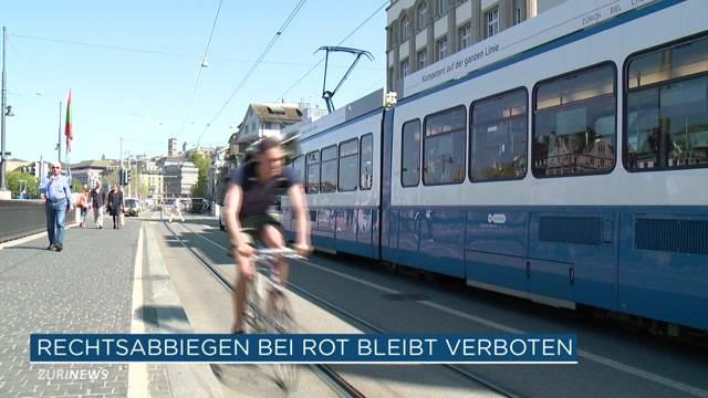 Rechtsabbiegen bei Rot bleibt für Velofahrer verboten