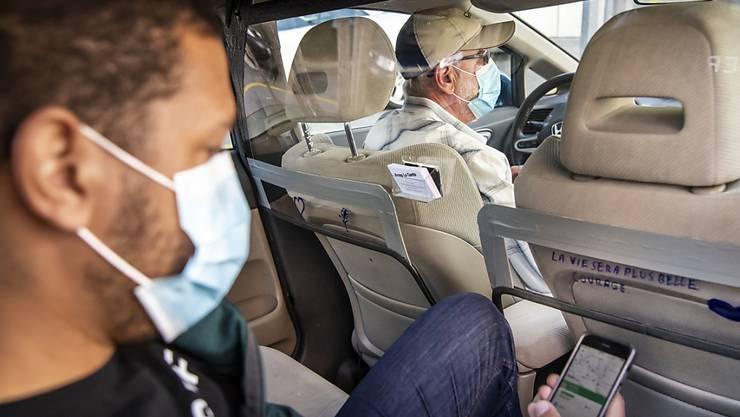Die Coronakrise setzt dem US-Fahrdienstanbieter Uber massiv zu. Die stark gesunkene Mobilität hat im 1. Quartal 2020 zu tiefroten Zahlen in der Rechnung geführt. (Archivbild)