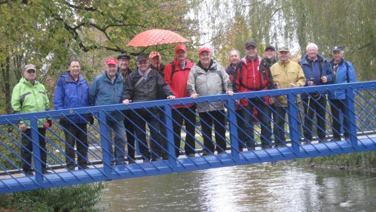 Auf der Brücke bei Hermikon.