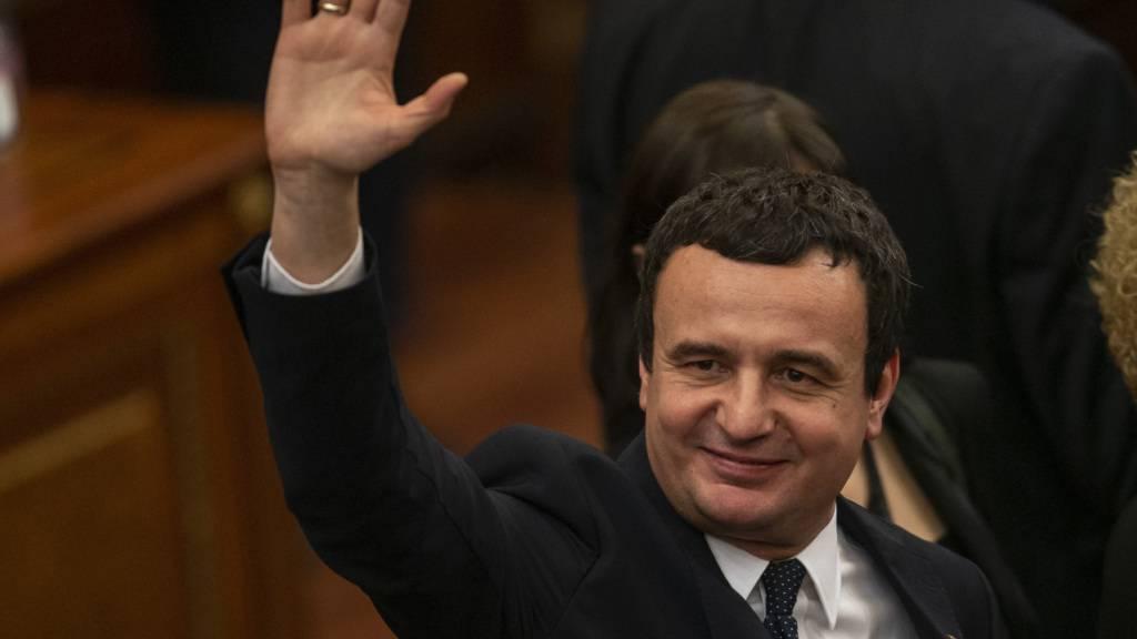 ARCHIV - Der kosovarische Politiker Albin Kurti, Chef der Partei Vetevendosje (Selbstbestimmung). Foto: Visar Kryeziu/AP/dpa