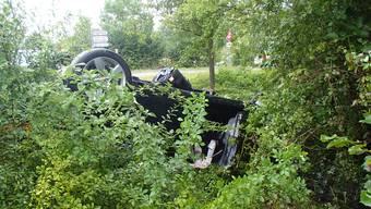 Auto überschlug sich mit Mutter und 4-jähriger Tochter - kurz vor der Schule