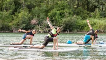 Yoga auf der Aare