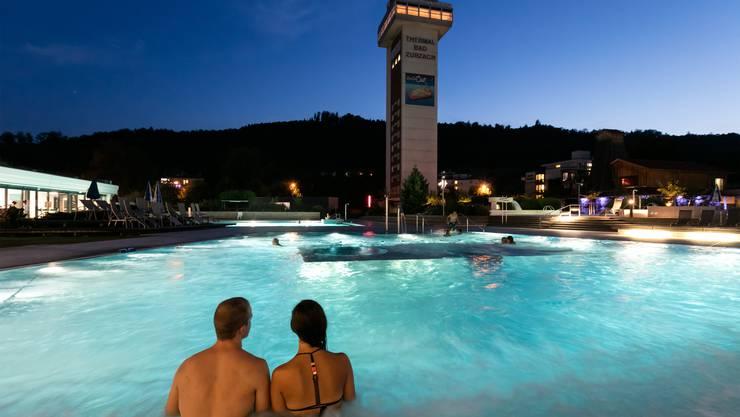 Das Thermalbad Bad Zurzach hat den Flecken über die Bezirksgrenzen hinaus bekannt gemacht.