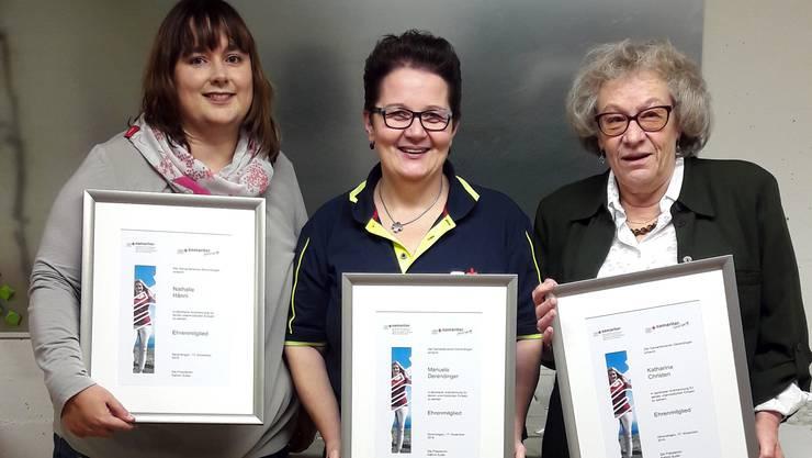 Als letzten historischen Akt ernannte der Samariterverein Nathalie Hänni, Manuela Derendinger und Katharina Christen zu Ehrenmitgliederm.