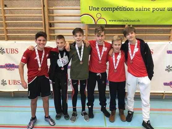 Die U16 Jungs sichern sich mit dem 3. Platz ebenfalls einen Platz im Regionalfinal am 4. März in Aarau.