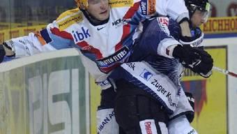 Der EVZ fährt gegen die Kloten Flyers die erste Niederlage der Saison ein.