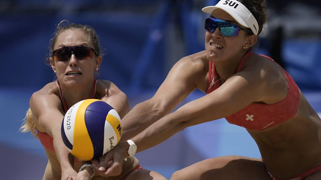 Nina Betschart und Tanja Hüberli läuft es an der EM in Wien im Gegensatz zu den Olympischen Spielen in Tokio (Bild) weiterhin gut.