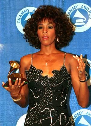 Whitney Houston bei der Grammy-Verleihung 1988 ...