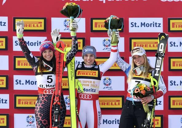Das Siegerpodes des Super-G der Frauen: Tina Weirather, Nicole Schmidhofer und Lara Gut (v.l.n.r.)