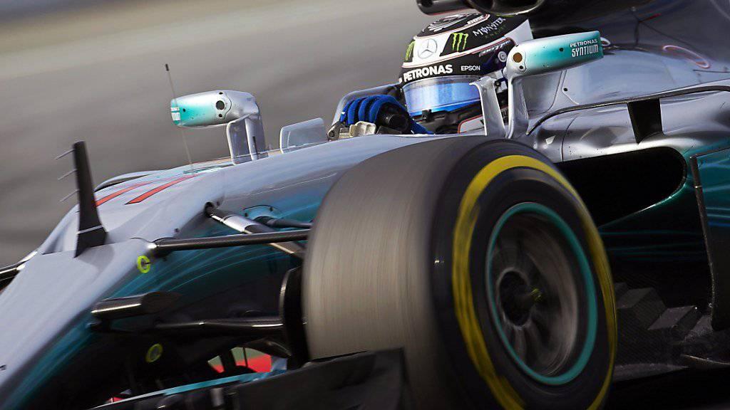 Valtteri Bottas gelingt im Mercedes am dritten Testtag die Bestzeit