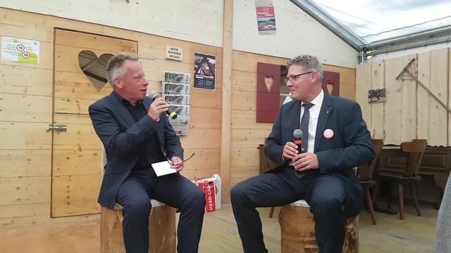 Auf dem heissen Stuhl der HESO: Regierungsrat Roland Fürst mit Balz Bruder, dem neuen Chefredaktor der Solothurner Zeitung