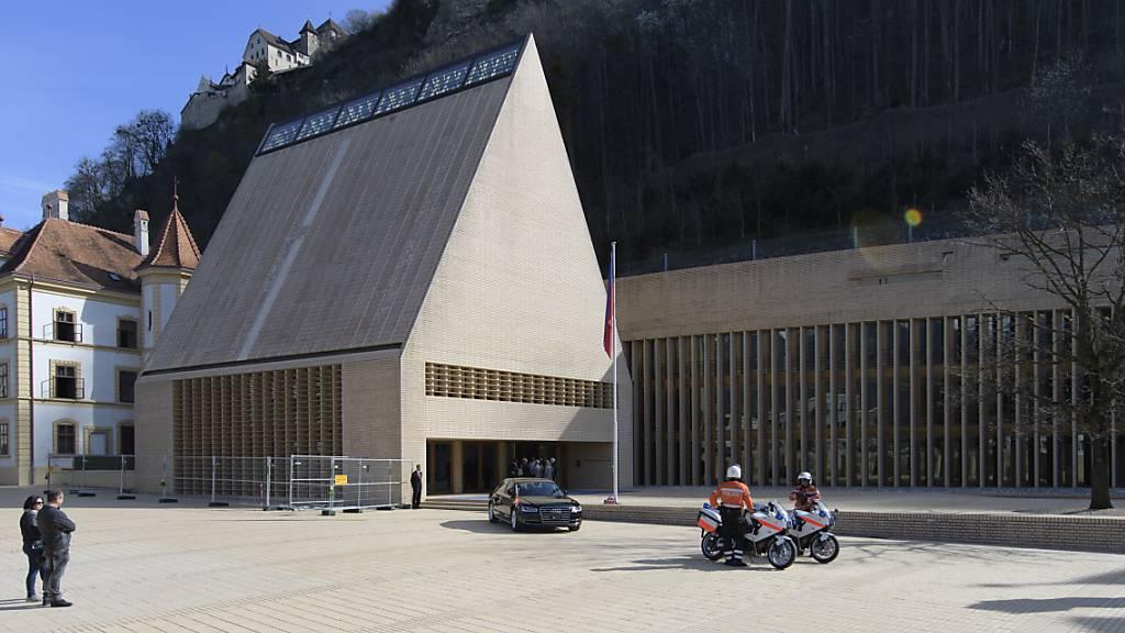 Ein Paket mit einer Bombendrohung wurde am Mittwoch in der Nähe des Liechtensteiner Landtaggebäudes in Vaduz deponiert. (Archiv)