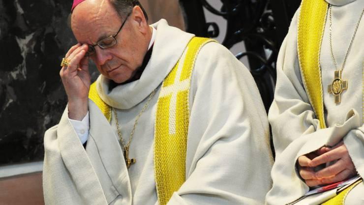 Schiesst erst gegen Homosexuelle und versucht sich danach zu erklären: Bischof Vitus Huonder (Archivbild)