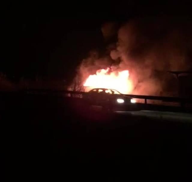 Leservideo: Die Klingnauer Fischzucht steht in Flammen.