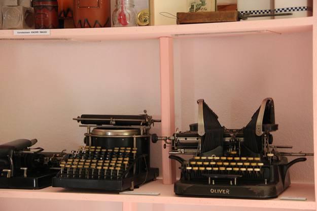 Alte Schreibmaschinen fanden sich ebenfalls mehrere im Archiv des Museums