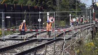 Die Sperrung zwischen Baden-Baden und Rastatt auf der wichtigen Rheintalbahnstrecke hat der SBB über 26 Millionen gekostet. (Archivbild)