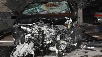 Im März 2017 wurde eine 25-jährige Autofahrerin bei einem Raserunfall so schwer verletzt, dass sie noch auf der Unfallstelle verstarb. Eine 27-jährige Schweizerin stand am Donnerstag in Flawil wegen fahrlässiger Tötung vor Gericht.