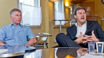 Präsident Alfred Schmid (l.) und Vize-Präsident Roger Geissberger stellen sich den Fragen im VIP-Raum des Brügglifelds.