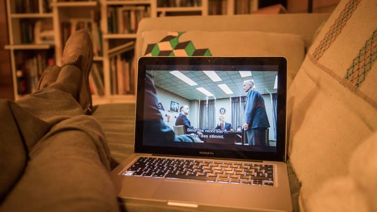 Klassische Fernsehsender, aber auch Streaming-Anbieter wie Netflix verzeichnen derzeit Rekorde.