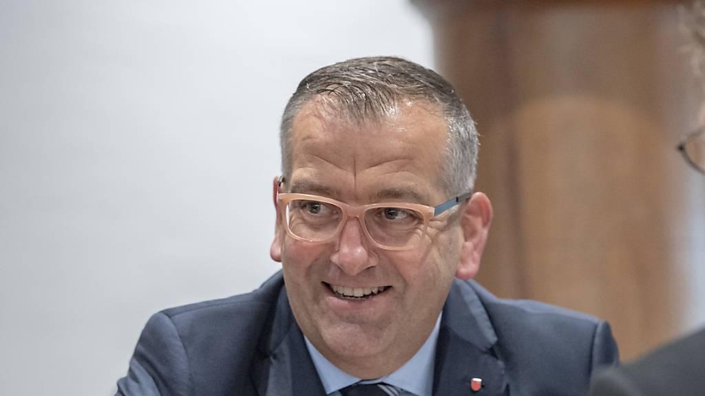 Schwyzer Mittelschulen in Pfäffikon und Nuolen bleiben erhalten