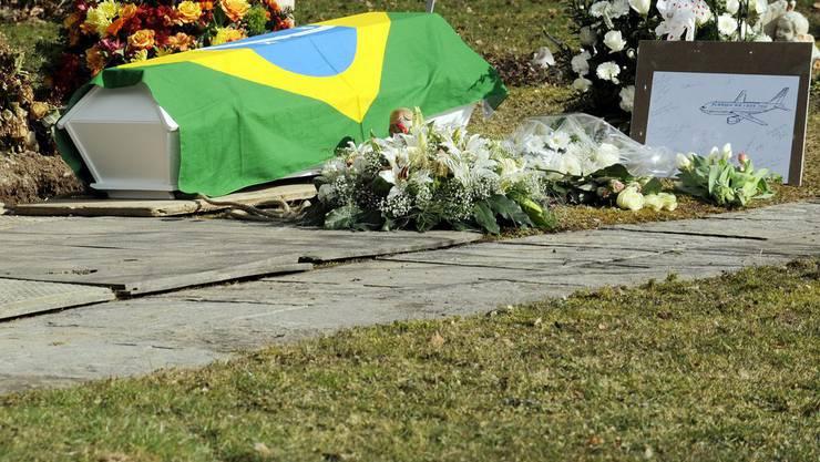 Das junge Todeasopfer wurde am 5. März 2010 in Kloten ZH beerdigt.