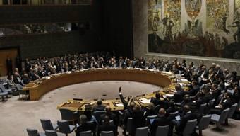 Von 15 Mitgliedern im UNO-Sicherheitsrat stimmten elf für die Verlängerung der Giftgasuntersuchung in Syrien. (Archivbild)