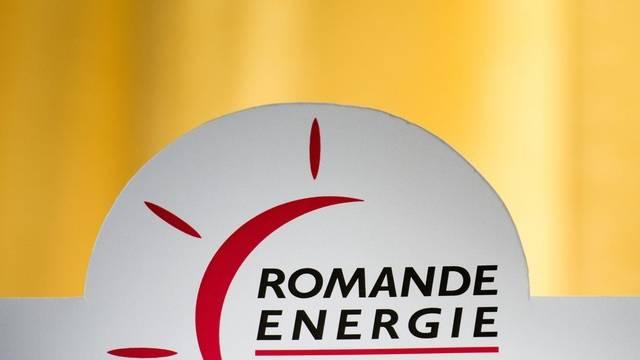 Das Logo des Energiekonzerns Romande Energie (Archiv)