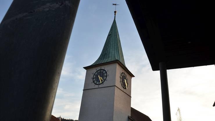 Im Zentrum der Parlamentssitzung der reformierten Zürcher Landeskirche stand die Debatte um die Zuteilung der Pfarrstellen. (Im Bild: Reformierte Kirche Schlieren)