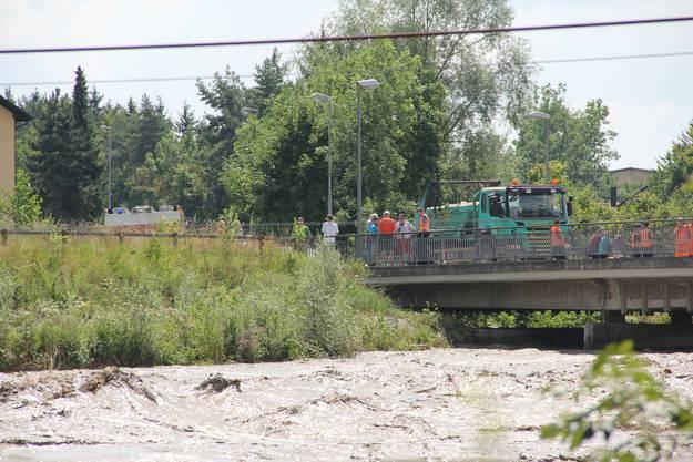 Die Brücke wurde eine Zeit lang für Fussgänger gesperrt.