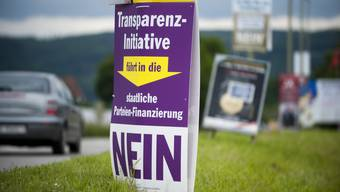 Abstimmungsplakat zur Transparenz-Initiative.