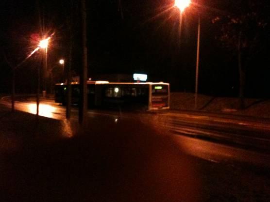 Dieser Bus musste an der Haltestelle Berufsschule eine Zwangspause einlegen.