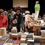 Buchfestival-Besucher in der Schützi während des Eröffnungsabends im vergangenen Jahr.