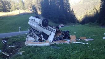 Unfall mit Aargauer Wohnmobil in Davos mit Verletztem