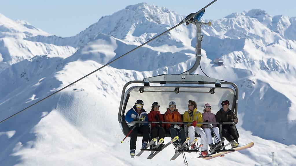 Erst an Ostern verzeichneten die Bündner Bergbahnen starke Gästefrequenzen. (Archivbild)