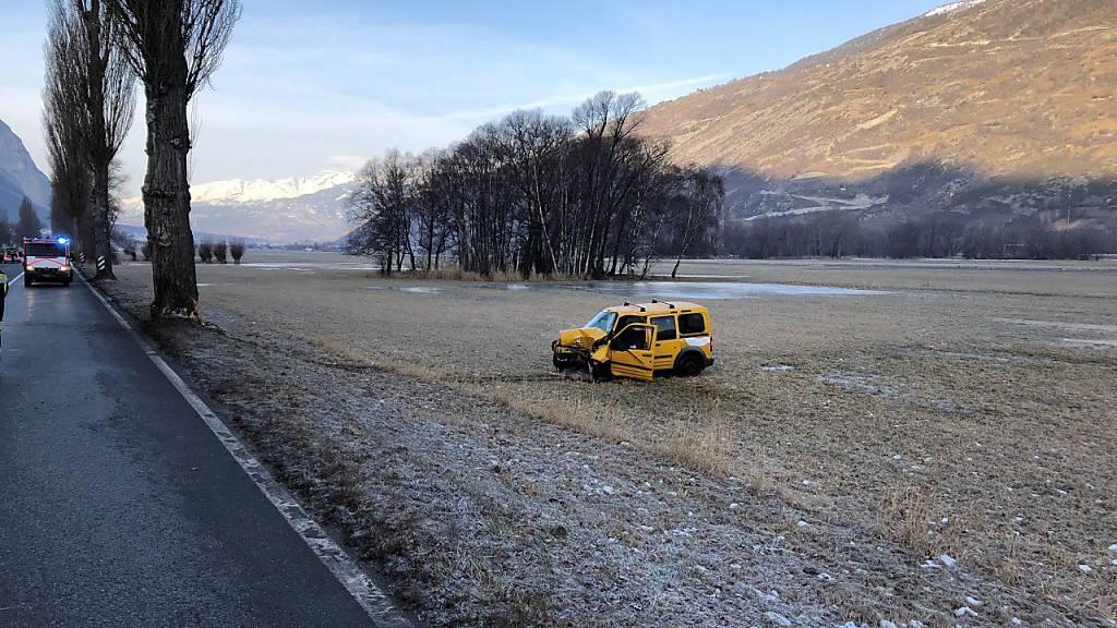 50-jähriger Autofahrer stirbt bei Selbstunfall in Turtmann VS