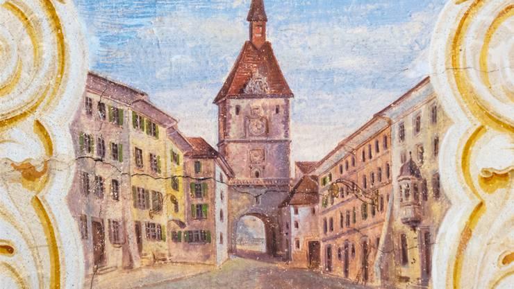 Die restaurierte Deckenmalerei ist ein Bijou im Brugger Café. ZVG/Peter Munz