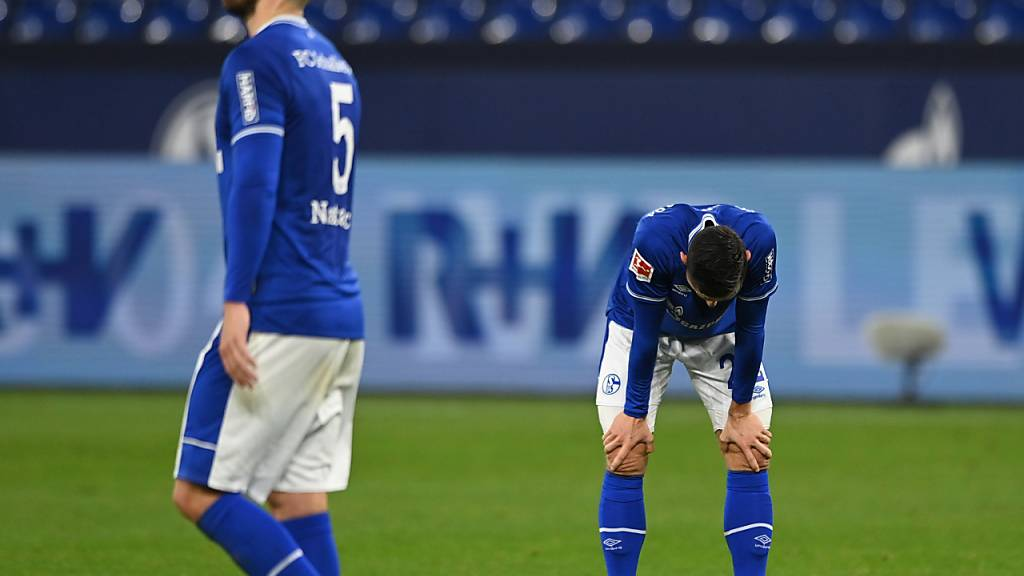 Schalke nimmt personelle Veränderungen vor
