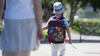 Kinder brauchen Geborgenheit, keine Überwachung. (Symbolbild)