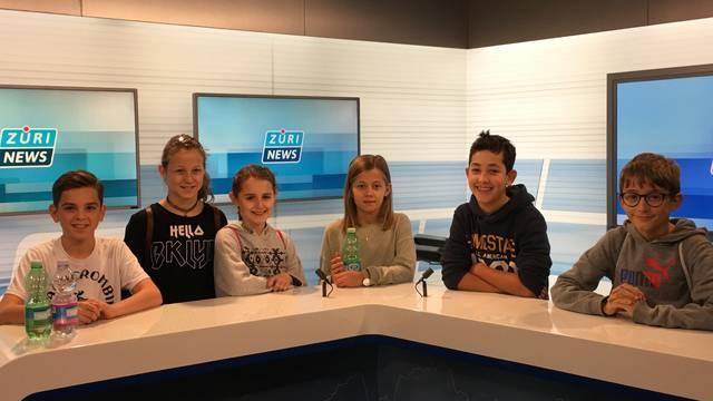 Kinder tauchen in die TV-Welt ein