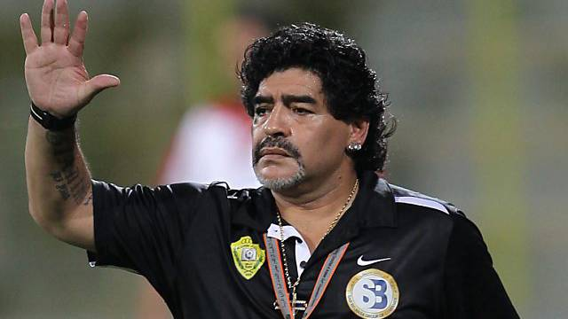 Diego Maradona will in Dubai bleiben
